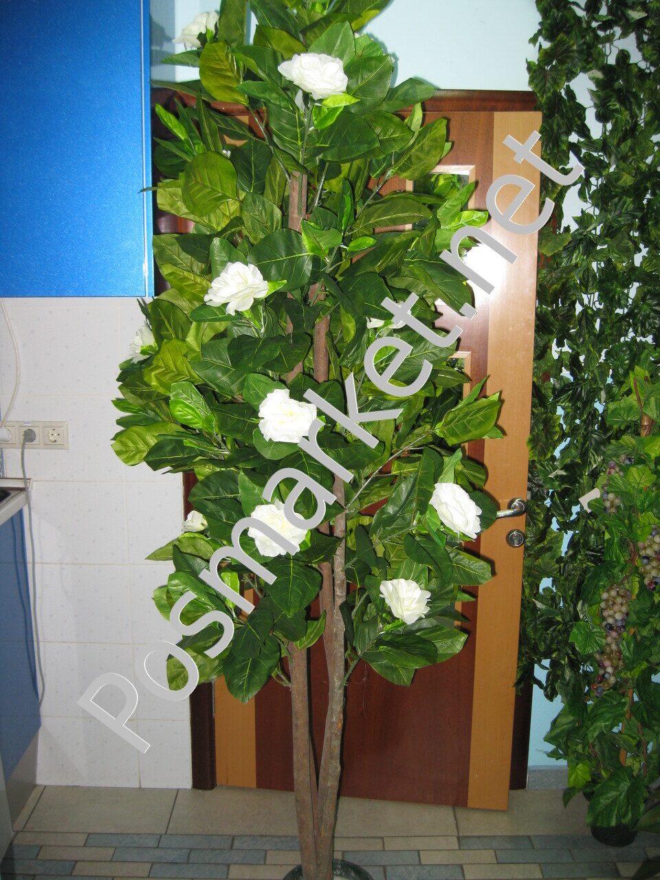 Искусственные деревья с цветами фото